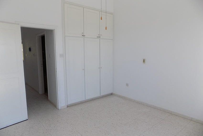 2 bedroom 2 bathroom townhouse for rent in upper Peyia16