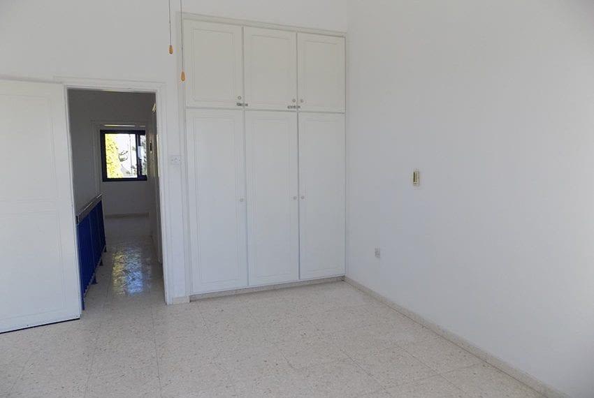 2 bedroom 2 bathroom townhouse for rent in upper Peyia15