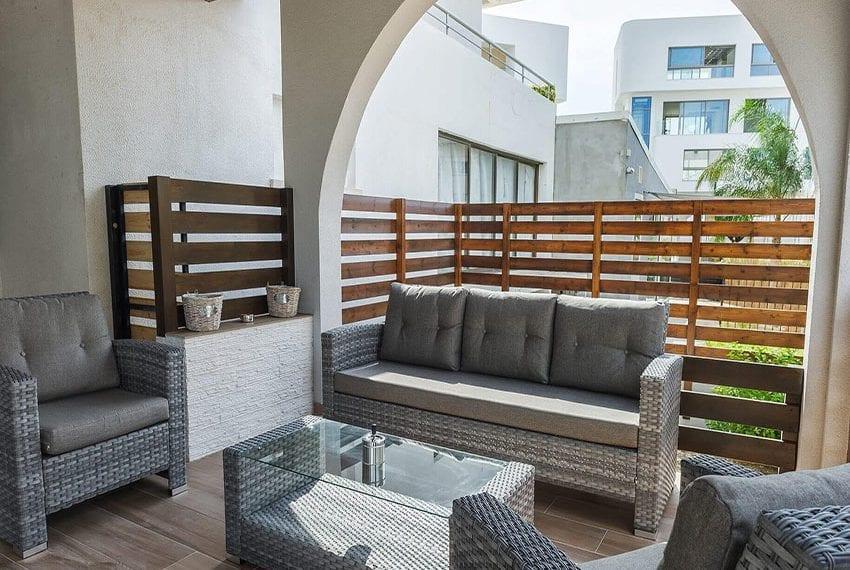 1 Bedroom Ground Floor Apartment at Agios Tychonas Tourist area07