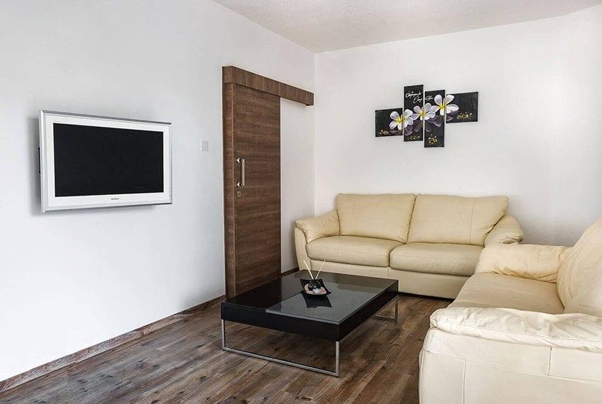 1 Bedroom Ground Floor Apartment at Agios Tychonas Tourist area09