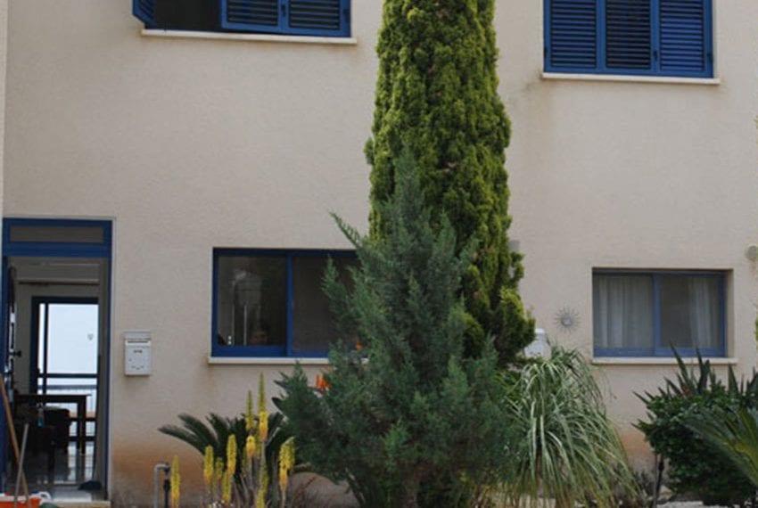 2 bedroom 2 bathroom townhouse for rent in upper Peyia10