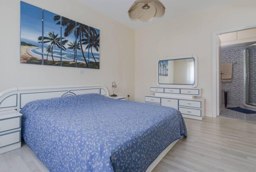 3 bedroom apartment for sale Hawaii Suntan complex Limassol16