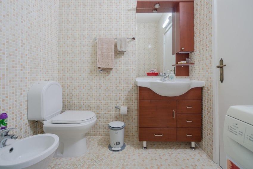 3 bedroom apartment for sale Hawaii Suntan complex Limassol23