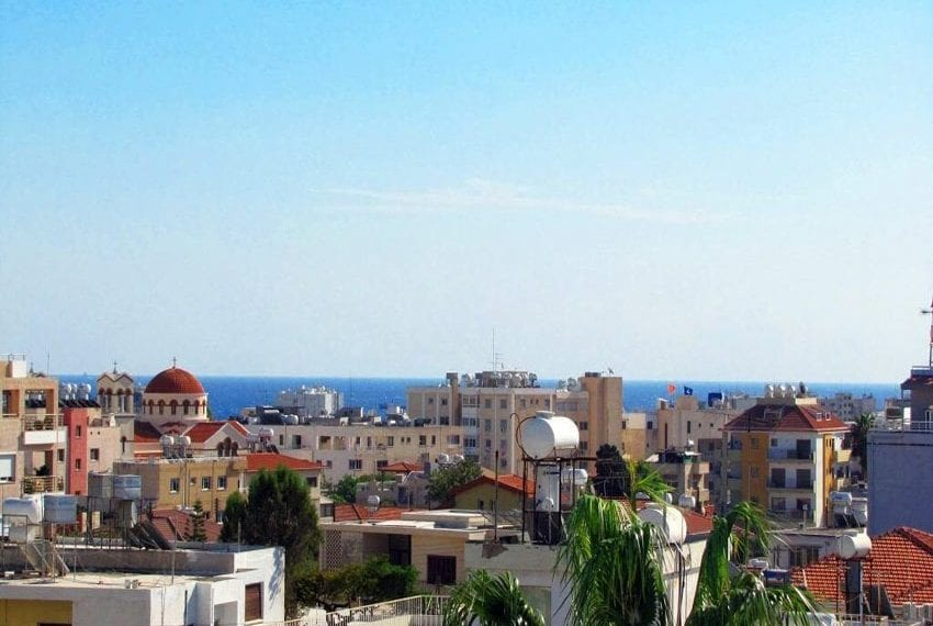 For sale 2 bedroom apartment with sea views Limassol center01