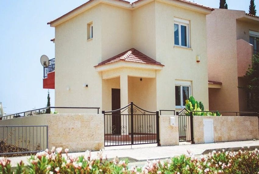 3 bed detached villa for sale in Limassol near St Rafael hotel03