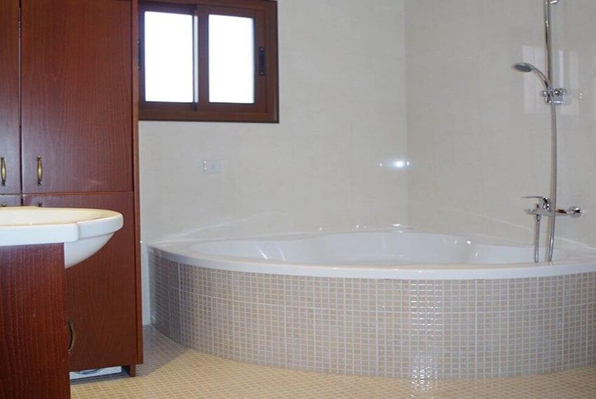 4 Bedroom House for sale Limassol Kato Polemidia 10