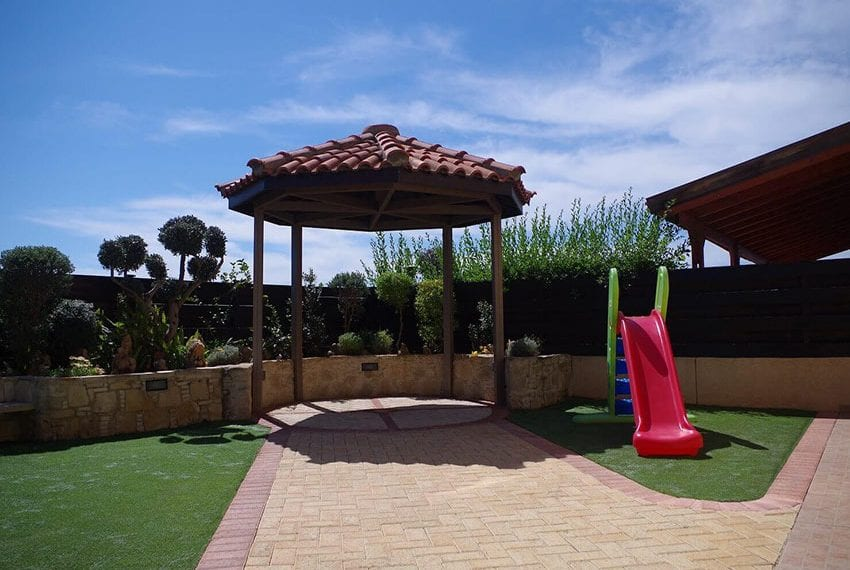 4 Bedroom House for sale Limassol Kato Polemidia 23