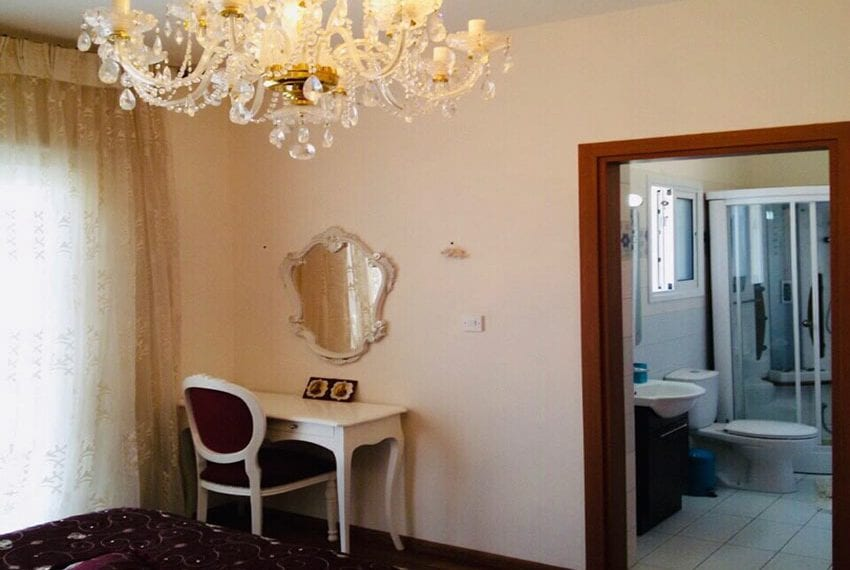 Spacious 3 bedrooms penthouse for sale in Potamos Germasogeia04