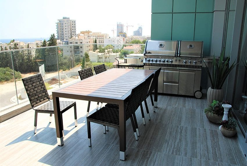 Duplex apartment with private roof garden for rent in Limassol21