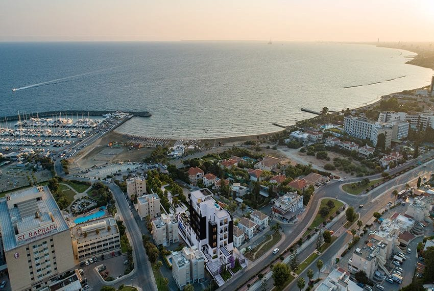 Luxury beach front apartments for sale Limassol Cyprus04