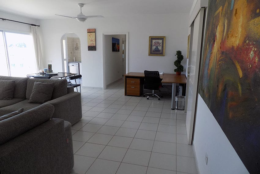 penthouse for rent limnaria gardens paphos14