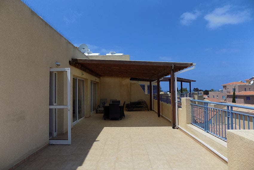 penthouse for rent limnaria gardens paphos16