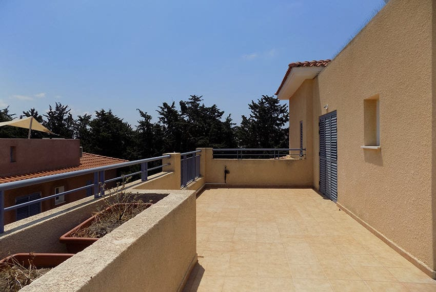 penthouse for rent limnaria gardens paphos17