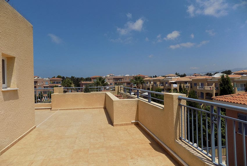 penthouse for rent limnaria gardens paphos18