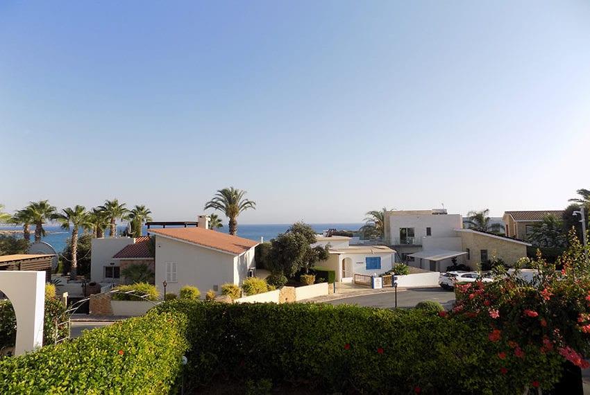 Detached 3 bedroom villa for sale in Coral bay area16