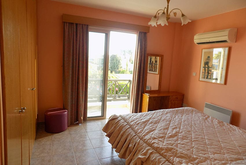 Detached 3 bedroom villa for sale in Coral bay area17
