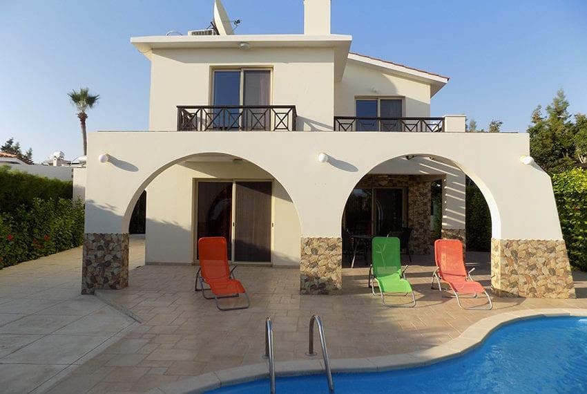 Detached 3 bedroom villa for sale in Coral bay area27