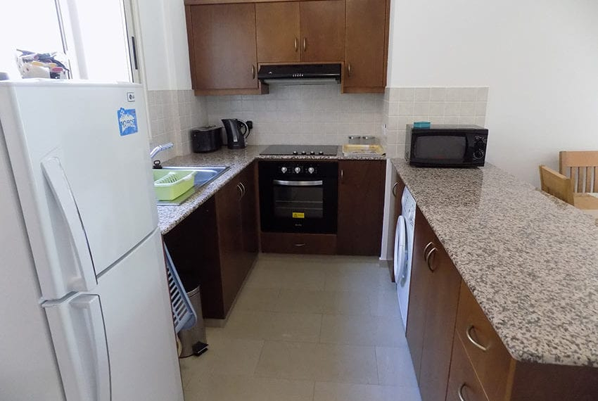 First-floor-2-bed-apartment-for-rent-Peyia02