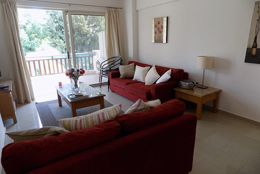 First-floor-2-bed-apartment-for-rent-Peyia08