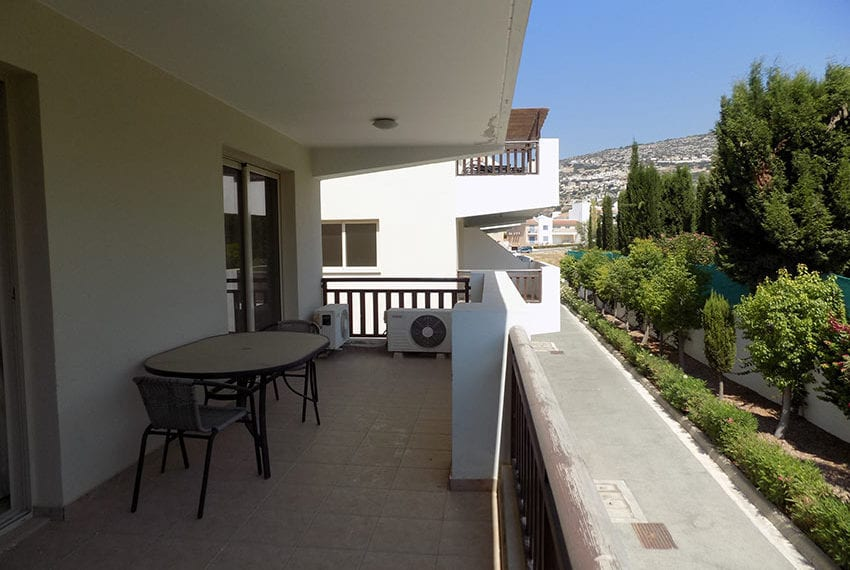 First-floor-2-bed-apartment-for-rent-Peyia21