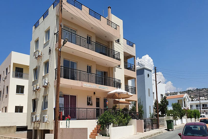 Apartment for sale in Paphos 2 bed 2 bath01