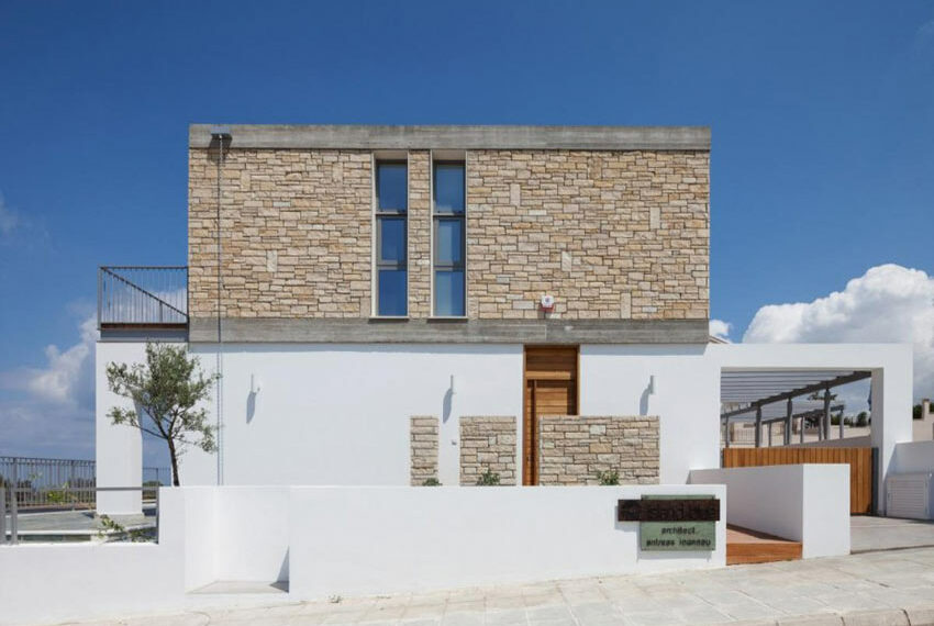 Modern 3 bedroom villa for rent with private pool Emba01