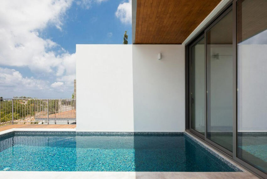 Modern 3 bedroom villa for rent with private pool Emba15