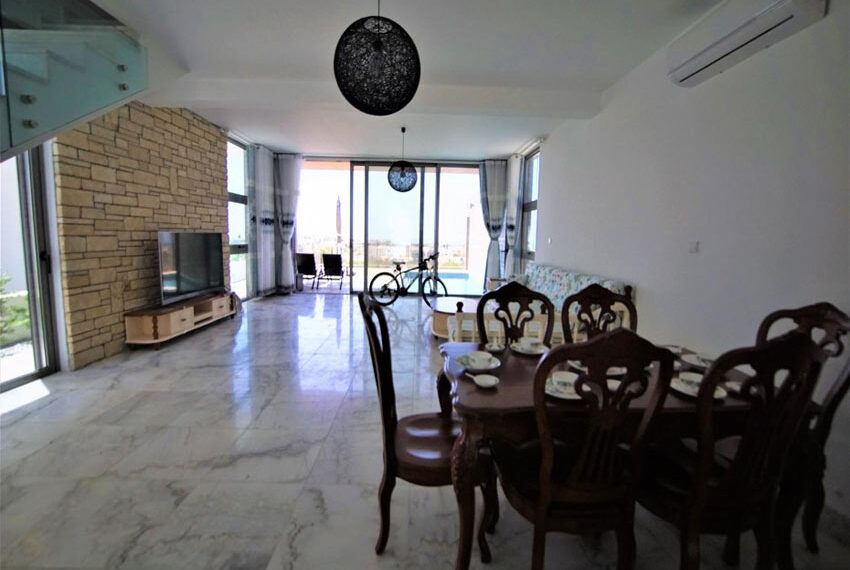 Modern 3 bedroom villa for rent with private pool Emba25
