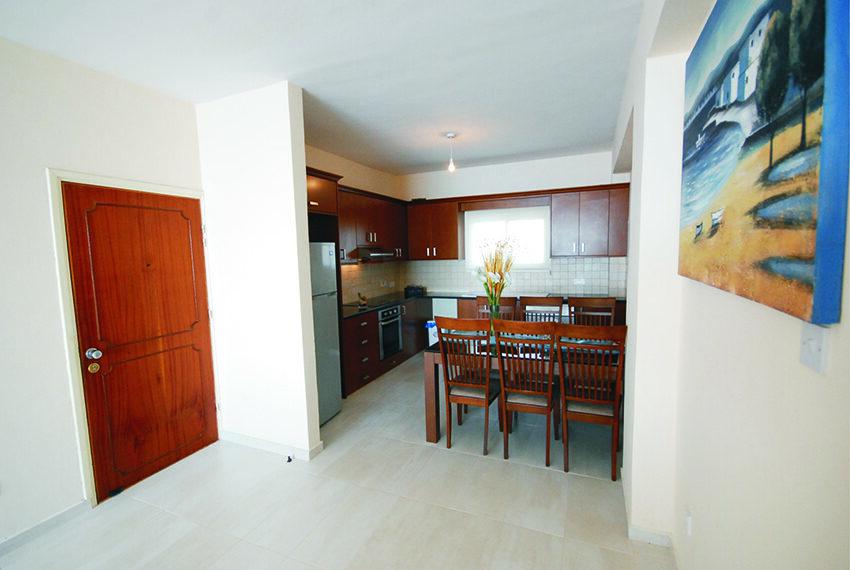 2 bedroom beachfront apartment for rent Limassol_35