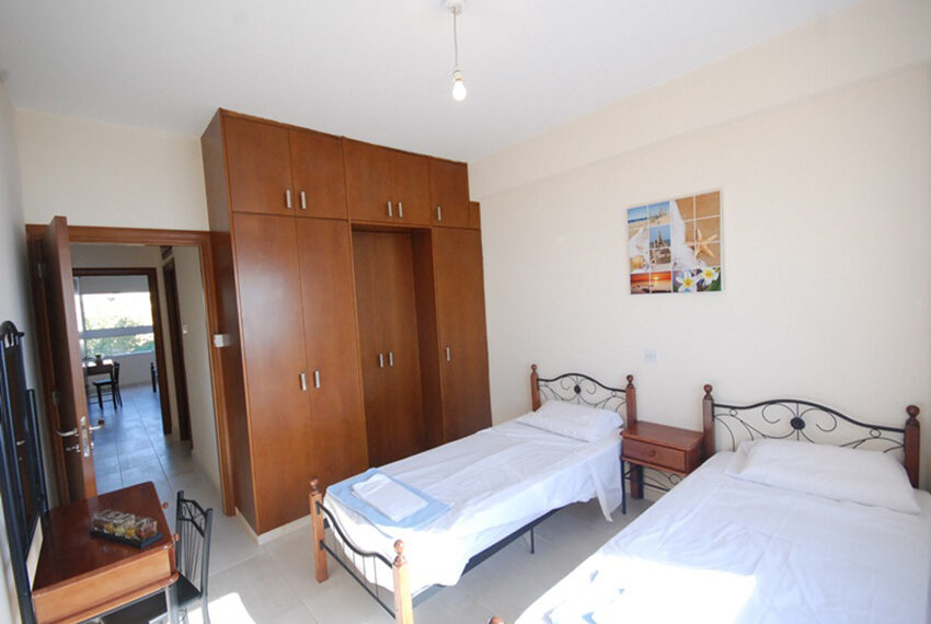 2 bedroom beachfront apartment for rent Limassol_39