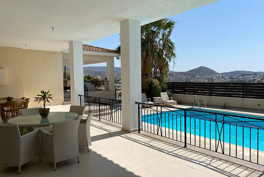 6 bedroom custom built villa for sale in Palodia Limassol_7