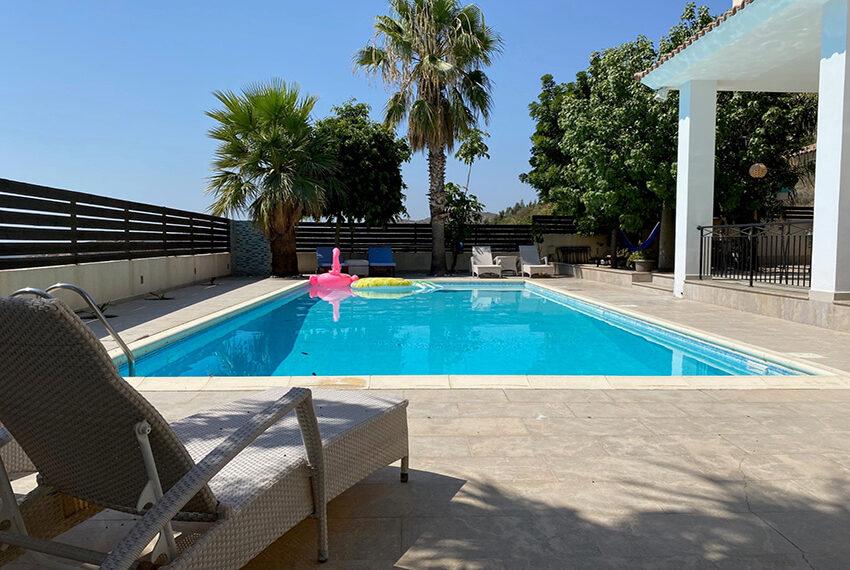 6 bedroom custom built villa for sale in Palodia Limassol_8