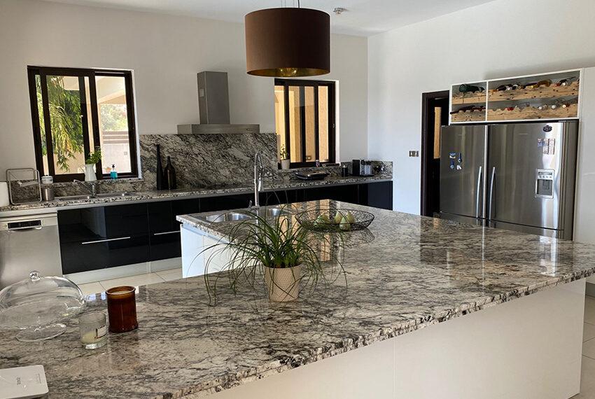 6 bedroom custom built villa for sale in Palodia Limassol_10