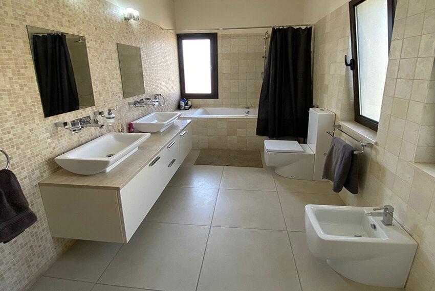 6 bedroom custom built villa for sale in Palodia Limassol_15