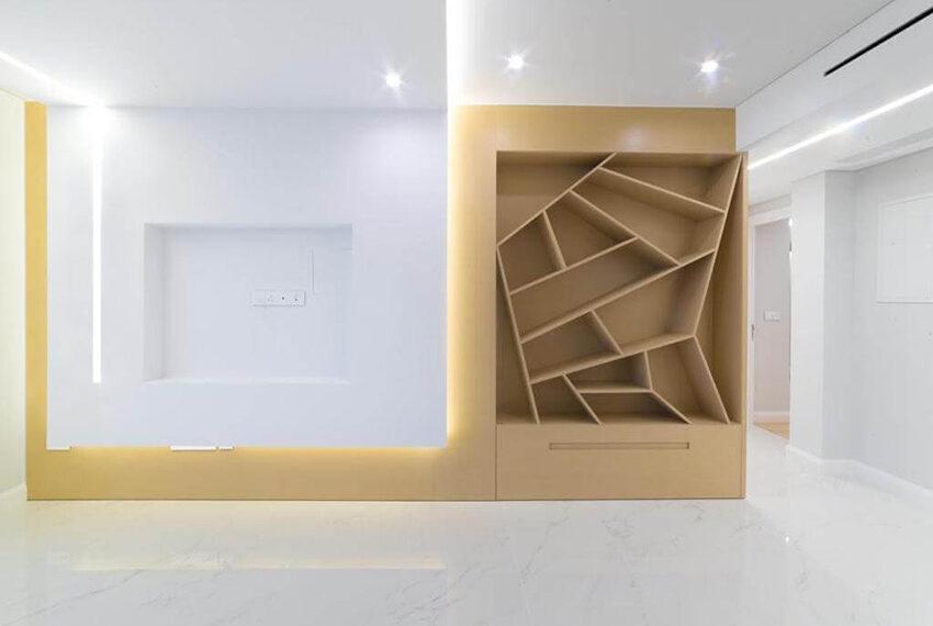 Luxury top floor apartment for rent Limassol tourist area_4