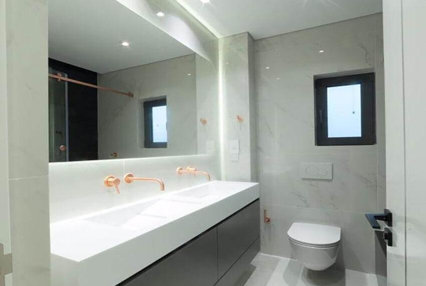 Luxury top floor apartment for rent Limassol tourist area_7