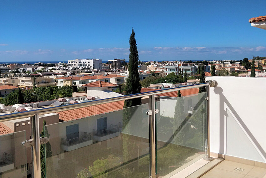 2 bedroom apartment for sale in Kato Paphos Cyprus_3