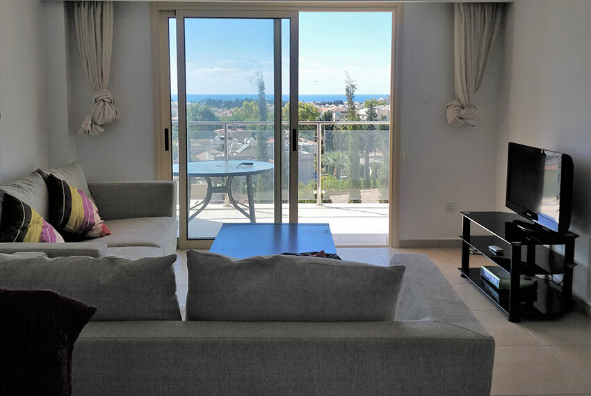 2 bedroom apartment for sale in Kato Paphos Cyprus_5