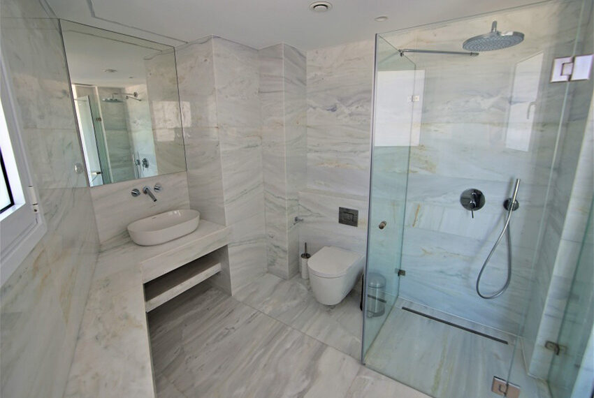 Luxury apartment for sale Molos Limassol_9