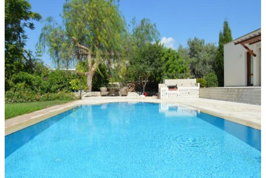 Aphrodite hills bungalow for sale large plot and private pool_8
