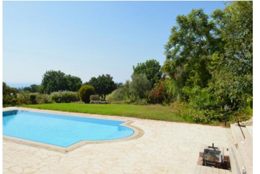 Aphrodite hills bungalow for sale large plot and private pool_11