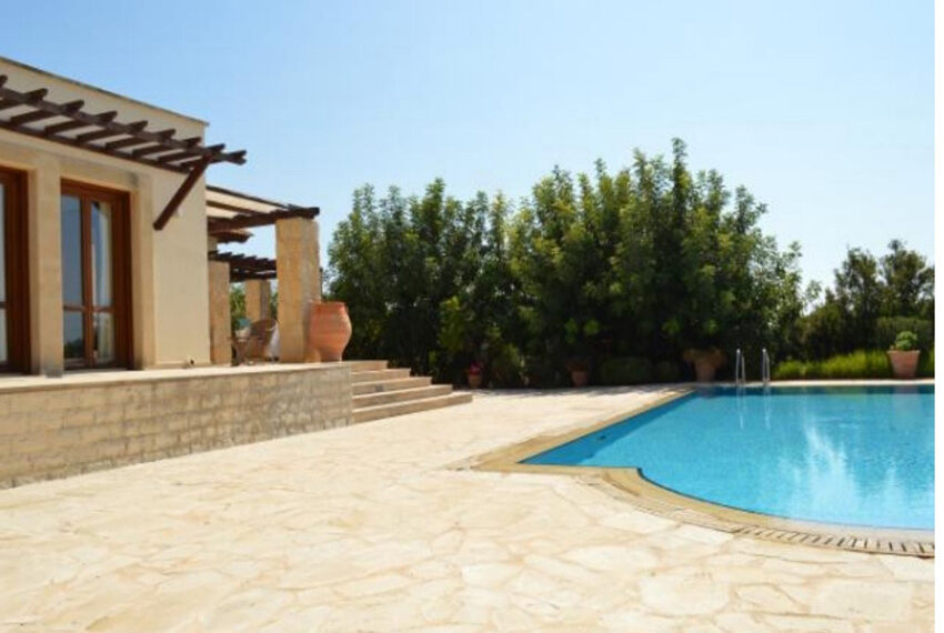 Aphrodite hills bungalow for sale large plot and private pool_13