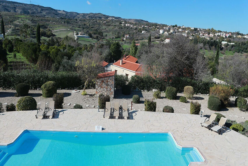 5 bedroom villa for sale large plot & private pool Giolou_26