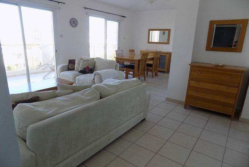 Regina Gardens 2 bedroom apartment for rent with sea views_2