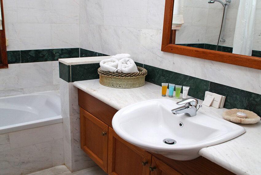 4 bedroom villa for rent Aphrodite Hills Golf Resort Cyprus_9