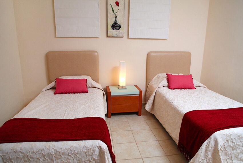 4 bedroom villa for rent Aphrodite Hills Golf Resort Cyprus_11