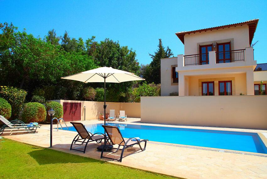 4 bedroom villa for rent Aphrodite Hills Golf Resort Cyprus_13