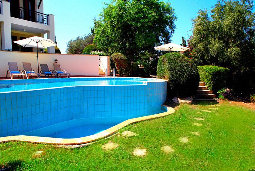 For rent 3 bedroom villa at Aphrodite Hills Golf Resort_4