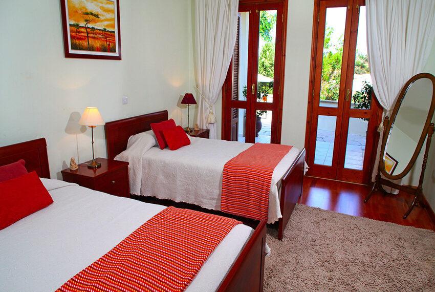 For rent 3 bedroom villa at Aphrodite Hills Golf Resort_12
