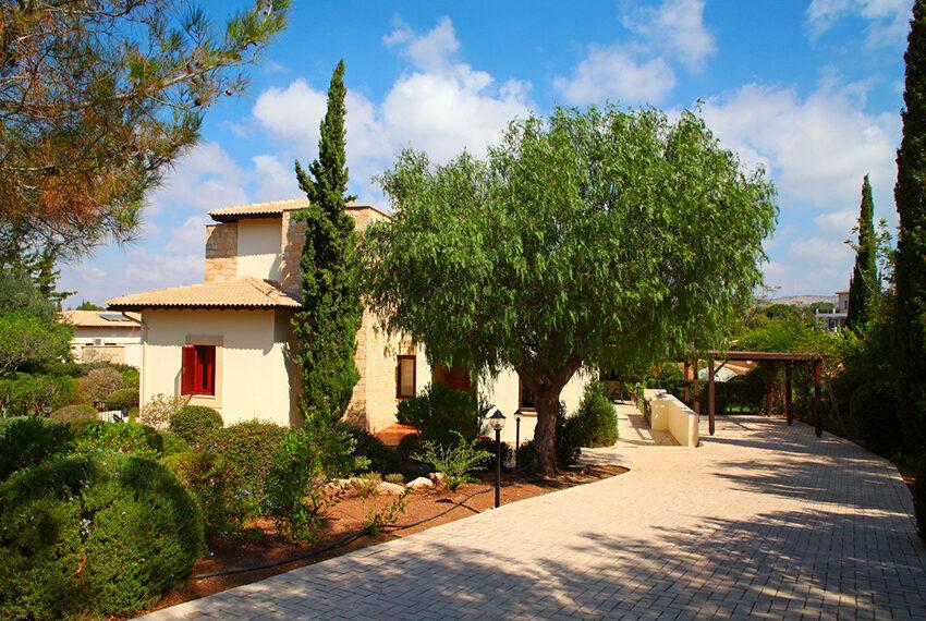 For rent 3 bedroom villa at Aphrodite Hills Golf Resort_14